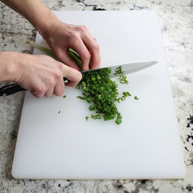 cutting green onion