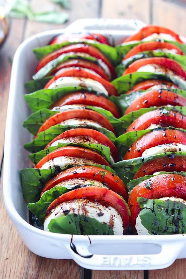 11 Little Broken Tomato-Mozzarella-Salad-with-Balsamic-Reduction-6