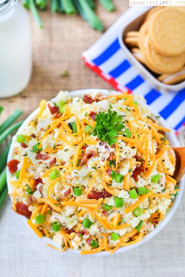 18 Loaded Baked Potato SaladE