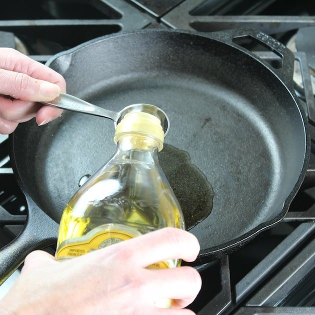 oil pour 2