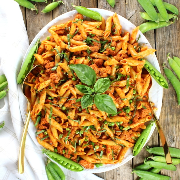 Spicy Chicken Pasta and Peas with Sun-Dried Tomato Sauce