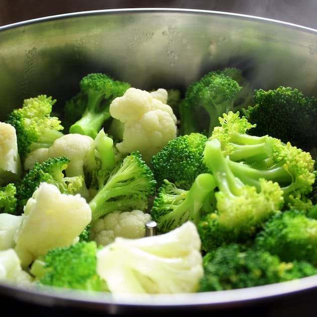 Steamed cauliflower and broccoli