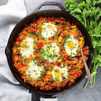 Sweet Potato and Chicken Sausage Breakfast Skillet