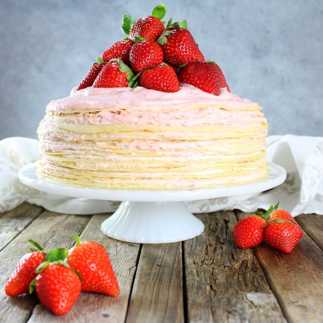 Strawberry-Lemon-Creme-Crepe-Cake-cake-berries-napkin.jpg