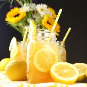 Mason jar of lemonade
