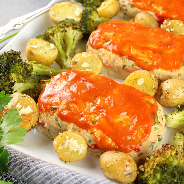Eye Level Turkey Meatloaves with Ranch Potatoes and Broccoli