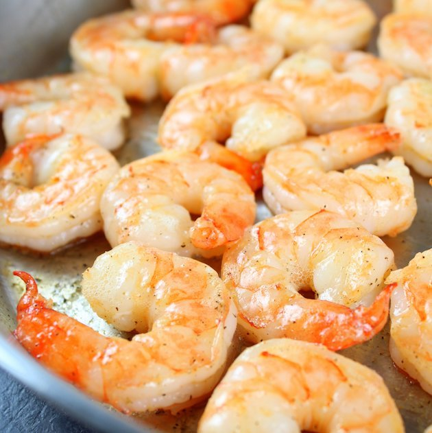 Garlic Pepper Shrimp Stir Fry Recipe & Image - Shrimp In Pan