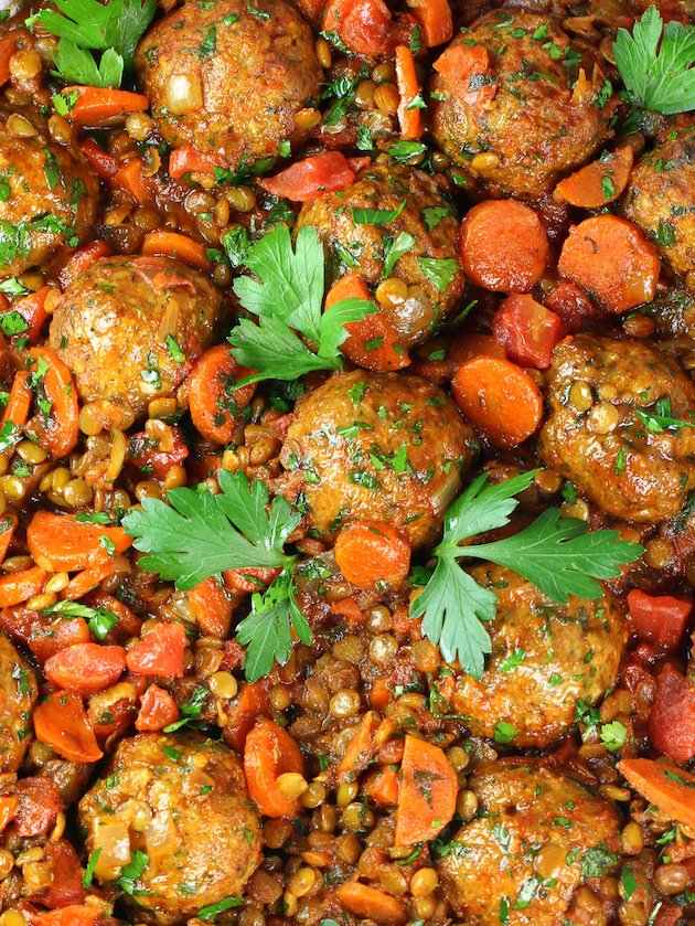 Moroccan Lentils with Turkey Meatballs Recipe & Image - Closeup Lentils & Meatballs OT
