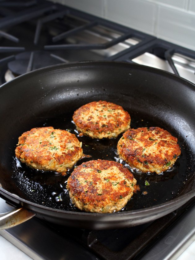 Easy Low Carb Salmon Patty Recipe & Image: - how to fry salmon patties
