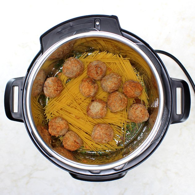 Instant Pot Spaghetti and Turkey Meatballs - Recipe and Image - How to cook instant pot spaghetti