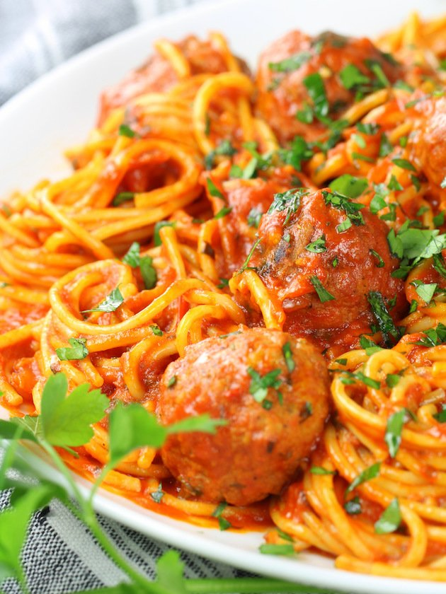 Instant Pot Spaghetti and Turkey Meatballs - Recipe and Image