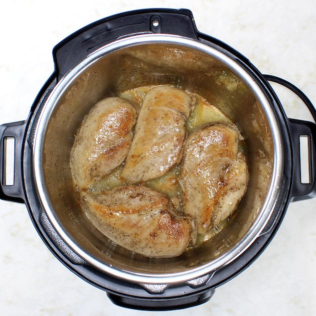 How to make Easy Instant Pot Chicken and Rice - cooking chicken in instant pot