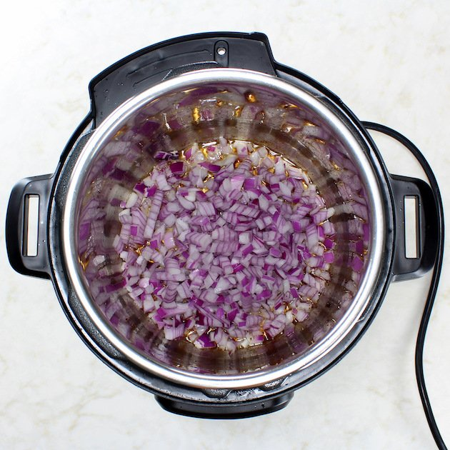 Cooking red onion in instant pot