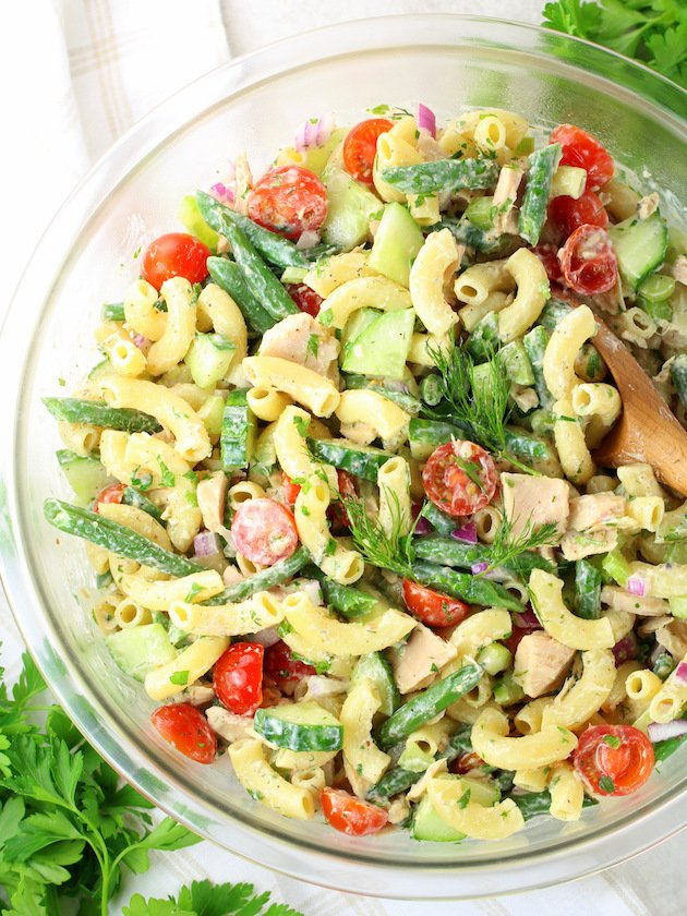 How to make tuna pasta salad - recipe & image