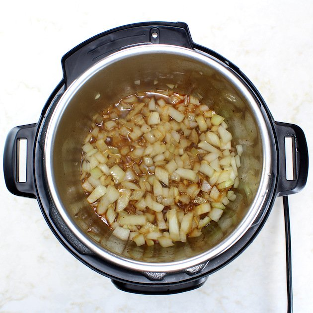 Sauteeing onions in an instant pot