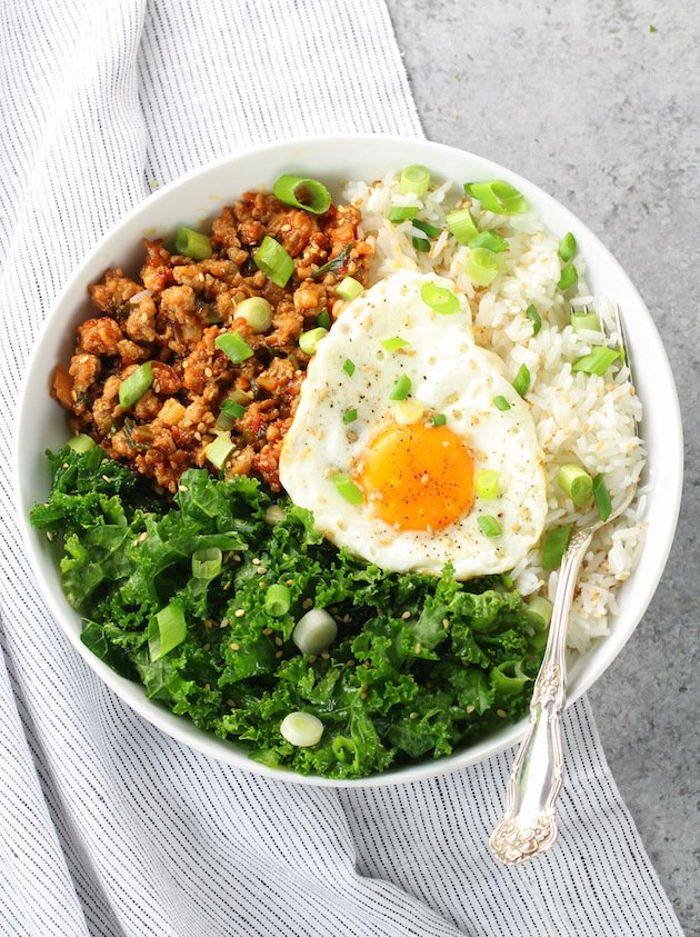 How to make a Korean Chicken Bowl with Kale and Egg