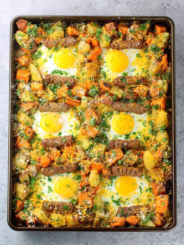 How to make turkey sausage breakfast sheet pan
