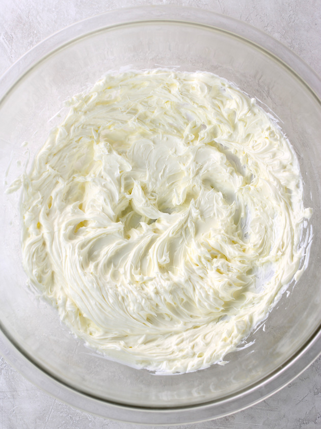 Glass bowl with whipped cream