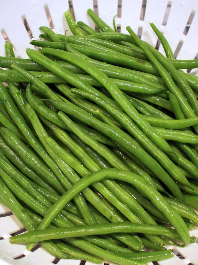 Garlic Green Beans - French green beans washed.