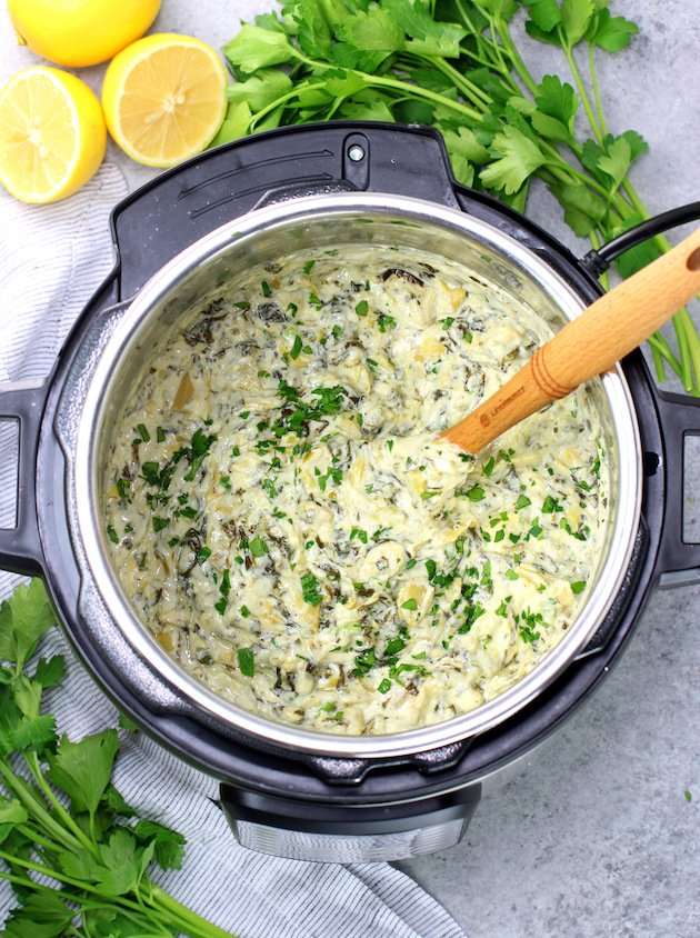 Easy Instant Pot Spinach Artichoke Dip in the Instant Pot