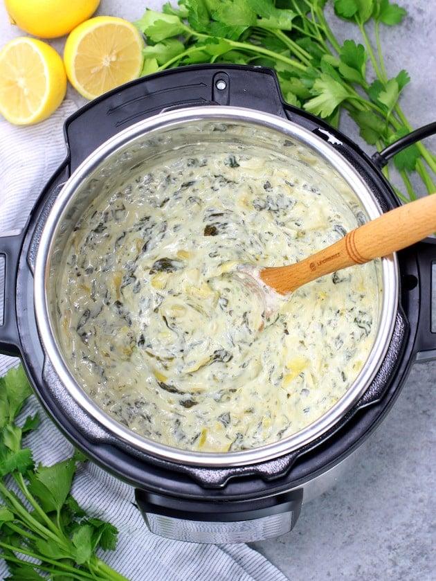 Easy Instant Pot Spinach Artichoke Dip