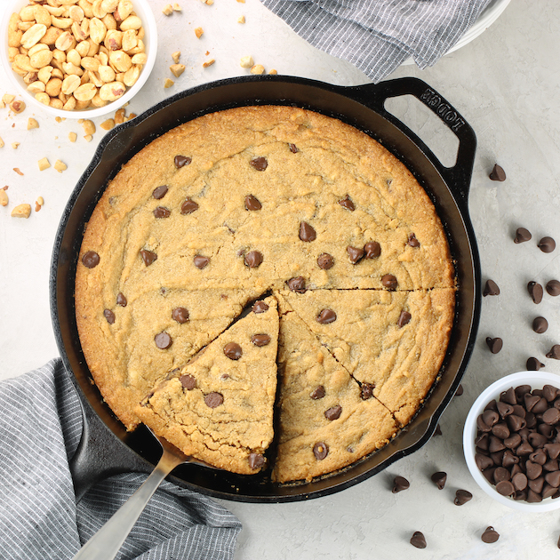 iron skillet with peanut butter chocolate chip cookie
