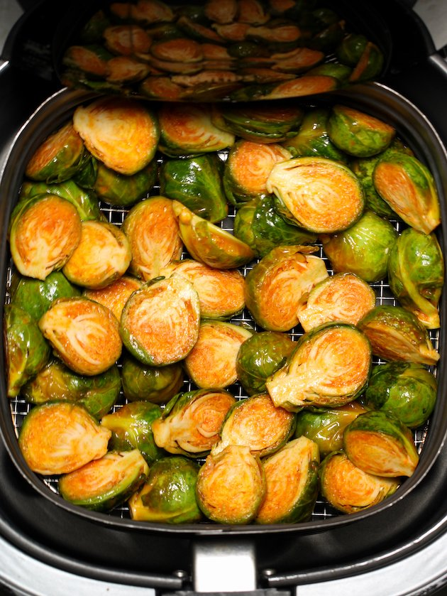 how to cook brussel sprouts in an air fryer