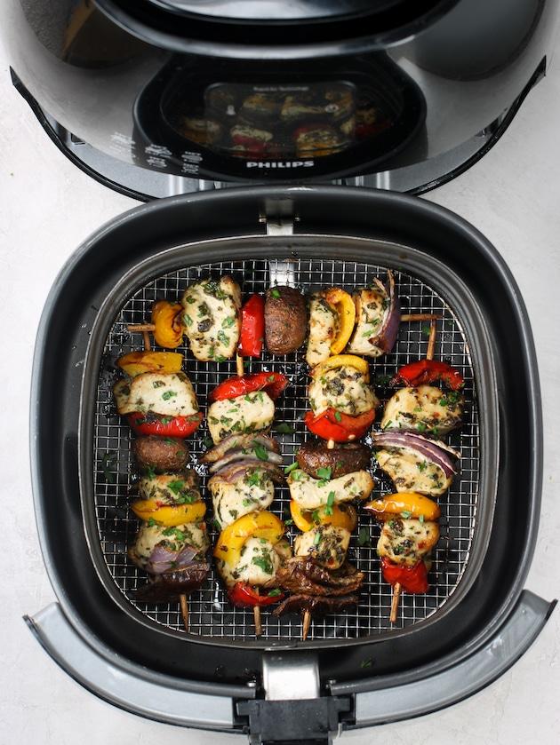 Greek air fryer chicken kabobs