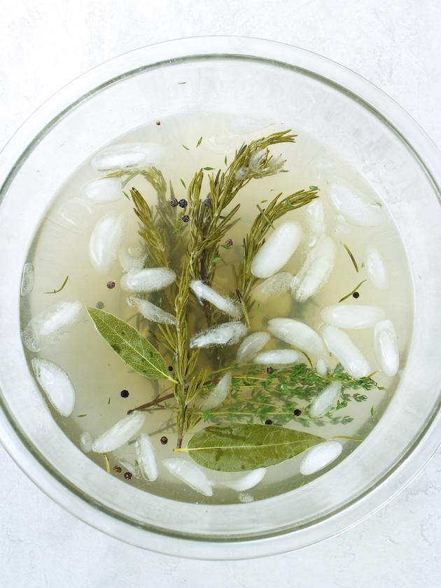 Pork brine in a glass bowl
